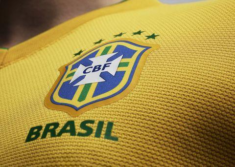 сборная Бразилии по футболу. новая форма сборной Бразилии.